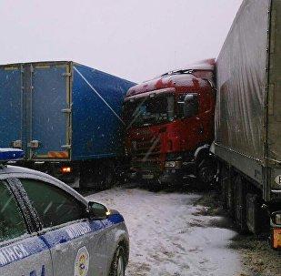 ДТП с участием фуры на трассе Минск - Гомель