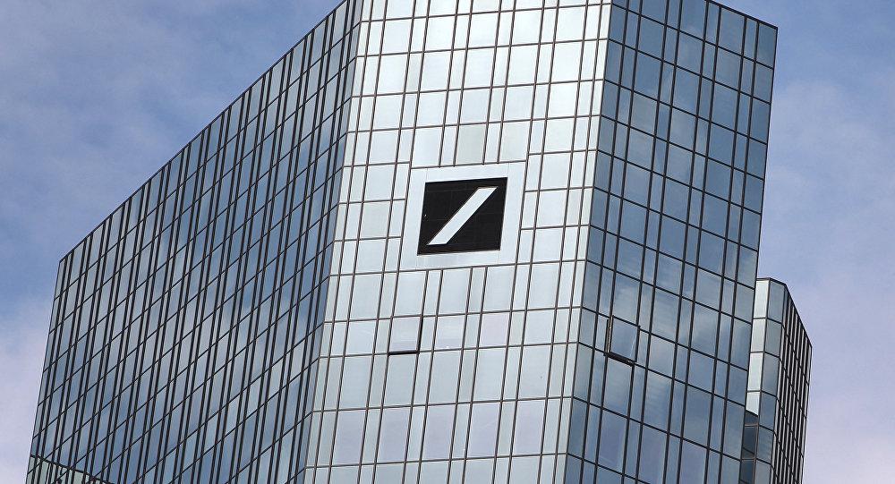 Сотрудникам Deutsche Bank запретили пользоваться WhatsApp