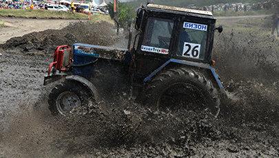 Гонки на тракторах в России