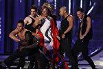 Loalwa Braz performs during the Latin Billboard Awards