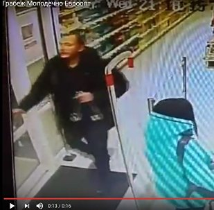 В Молодечно – пить: местное РУВД ищет дерзкого похитителя водки