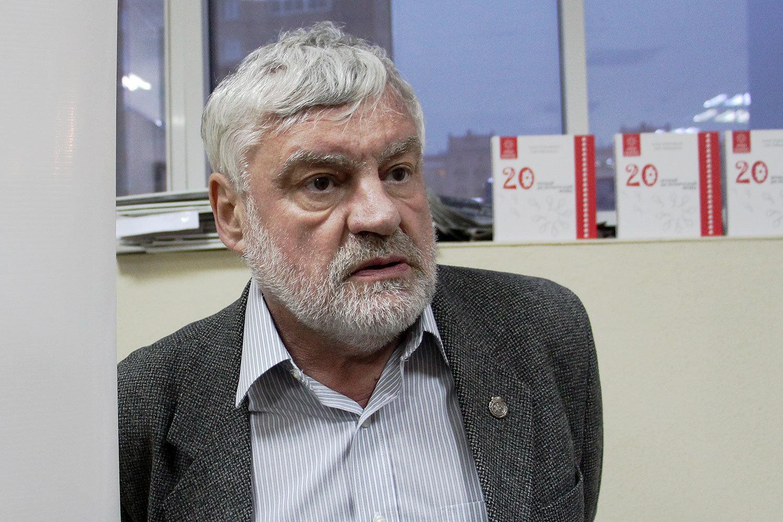 Беларускі пісьменнік Уладзімір Арлоў