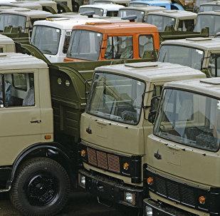 Грузовые автомобили МАЗ, архивное фото
