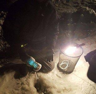 Якуцкія журналісты апусцілі iPhone  на дно ракі