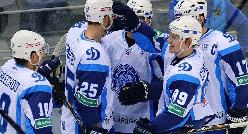игроки хоккея динамо фото