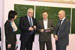 Министр образования Игорь Карпенко во время рабочей поездки по Брестчине