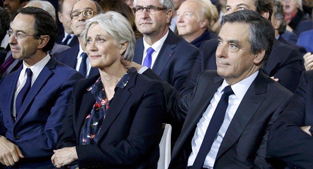 Французы требуют отсупруги Фийона вернуть 500 тыс. евро