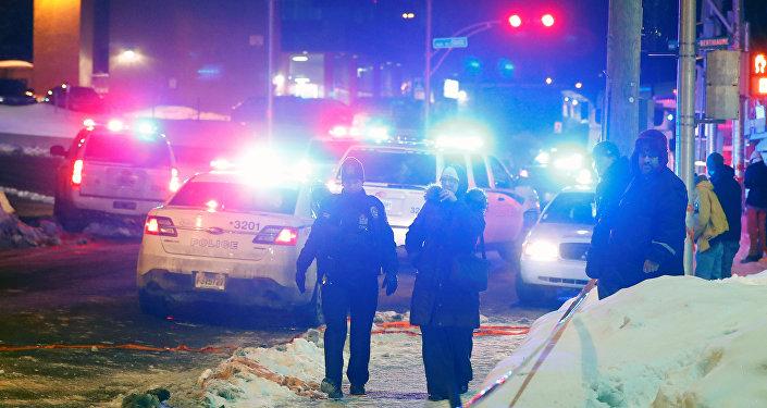 Внападении намечеть вКвебеке подозреваются два студента