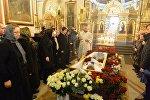 Отпевание Александра Тихановича в храме Александра Невского