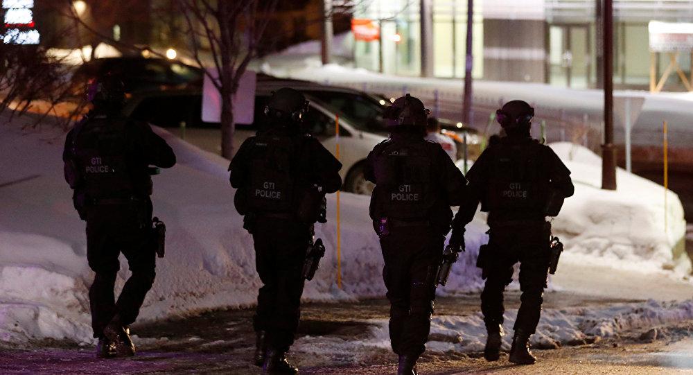 Милиция задержала 2-х подозреваемых ввооруженном нападении намечеть вКвебеке