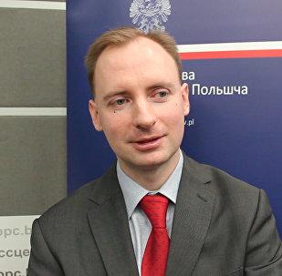 Мы делаем все возможное: польский дипломат о проблемах регистрации на визу