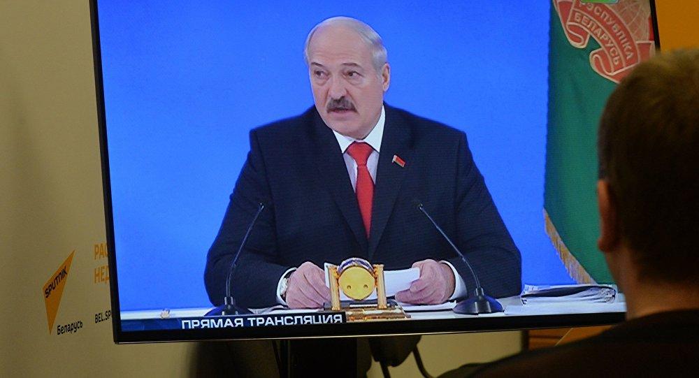 Лукашенко сказал, как вРеспублике Беларусь будут увеличивать заработной платы ипенсии