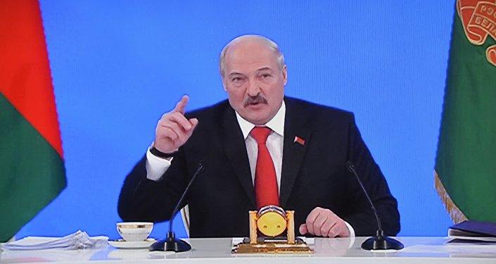 ВКремле поведали опотерях Российской Федерации отбеспошлинных поставок нефти в республику Белоруссию