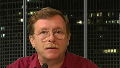 Политический и экономический обозреватель интернет-телеканала ITON TV Александр Гур-Арье