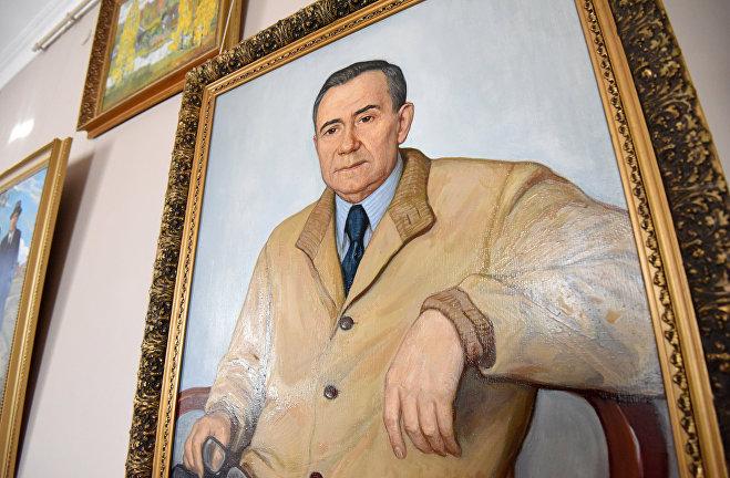 Портрет Громыко написан маслом в 1980 году, автор Илья Глазунов