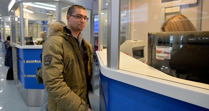 Первые туристы без виз прилетели в республику Белоруссию