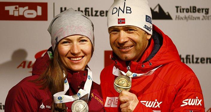 Биатлонисты Дарья Домрачева и Уле Эйнар Бьорндален