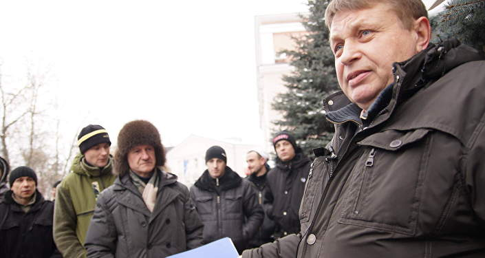 Первый в Беларуси суд по иску тунеядца Александра Семенова