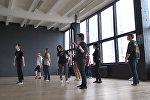 Танцевальный флешмоб против гендерного насилия прошел в Минске
