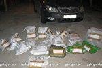 Изделия из драгметаллов, которые достали из тайника автомобиля Skoda