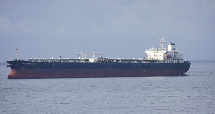 Нефтяной танкер, архивное фото