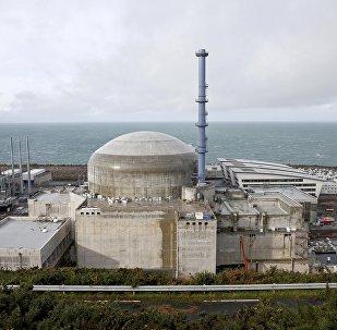 Іспанскія турысты знялі момант выбуху на АЭС у Францыі