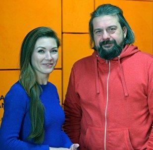 Ведущий радио Sputnik Александр Кривошеев и продюсер радио Светлана Владимирова