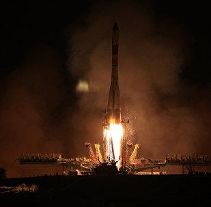 Запуск транспортного грузового корабля Прогресс с космодрома Байконур