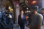 Глава независимой комиссии Всемирного антидопингового агентства (ВАДА) Ричард Макларен после пресс-конференции в Лондоне
