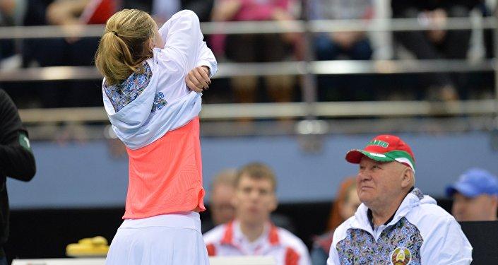 Белорусская теннисистка Александра Саснович готовится к матчу
