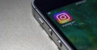 Приложение Instagram в смартфоне