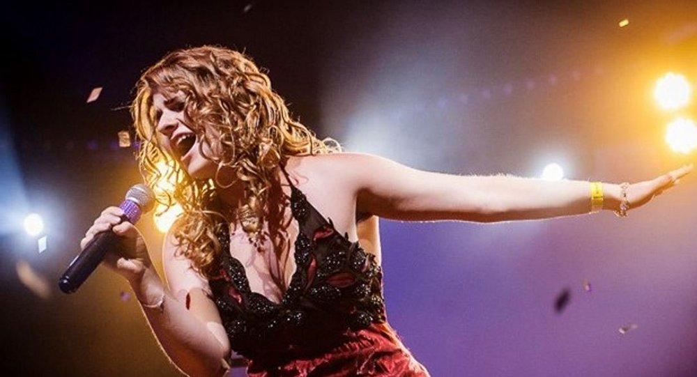 Белорусская певица Анастасия Лейкина