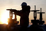 Поставки нефти из РФ в Беларусь сократились почти на треть