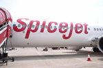 Лайнер индийской авиакомпании SpiceJet