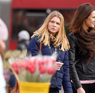 8 Марта в Гомеле: цветы, девушки, весна