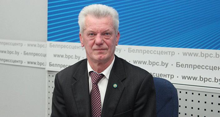 Доктор философских наук, политолог Лев Криштапович