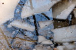 Тающий лед, архивное фото
