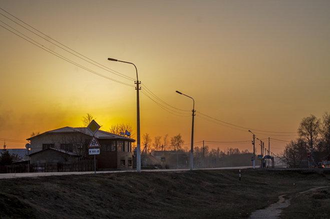 Кафе и остановка - центр поселка