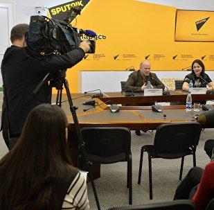 Армия меняет: в пресс-центре Sputnik представили фотопроект о службе
