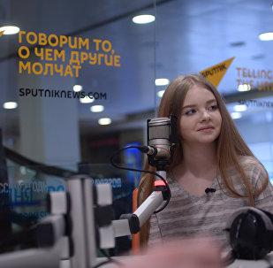 Участница шоу Ты супер! Анастасия Кравченя в радиостудии Sputnik.