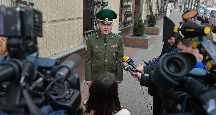 Начальник управления пограничного контроля ГПК Беларуси Олег Ляшук
