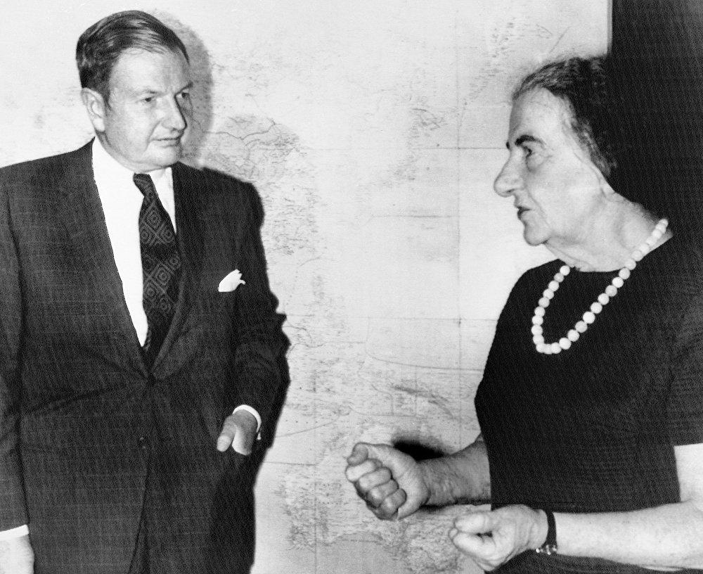 Дэвид Рокфеллер (David Rockefeller) и Глода Меир (Golda Meir)