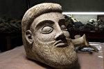 Фрагмент скульптуры, найденный у Керченского моста