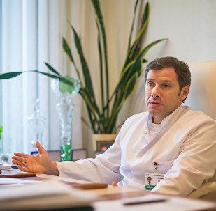 Руководитель РНПЦ трансплантации органов и тканей Олег Руммо