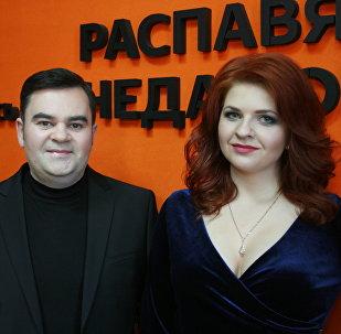 Спявачка Анастасія Лейкіна і прадзюсар Вадзім Рузаў