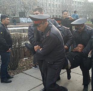 Субботний митинг в Бишкеке — вся хронология событий