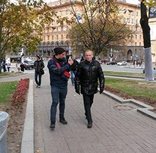 Владимир Некляев по дороге на акцию 10 октября