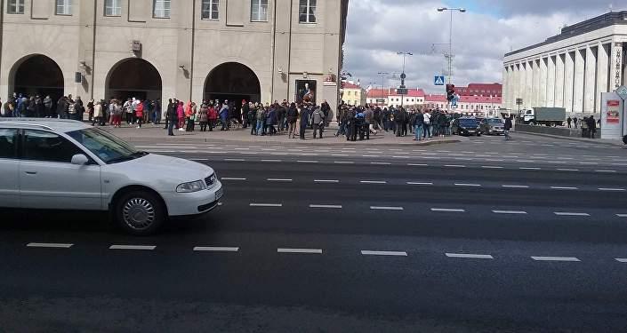 МИД Беларуси: Назвать акцию вМинске мирной язык неповорачивается