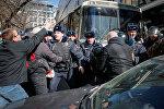 Задержания участников несанкционированного митинга в Москве