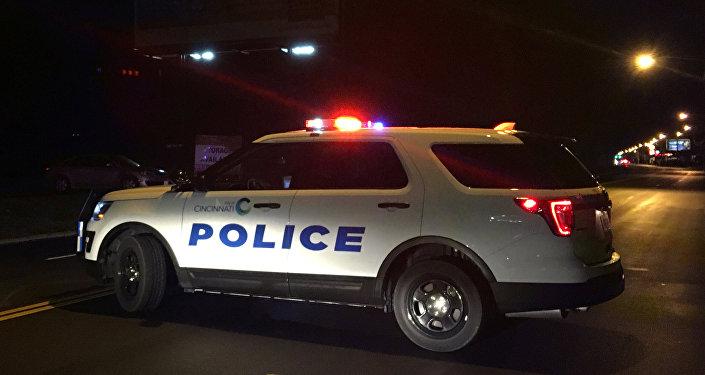 Неизвестный пытался протаранить полицейский автомобиль вВашингтоне